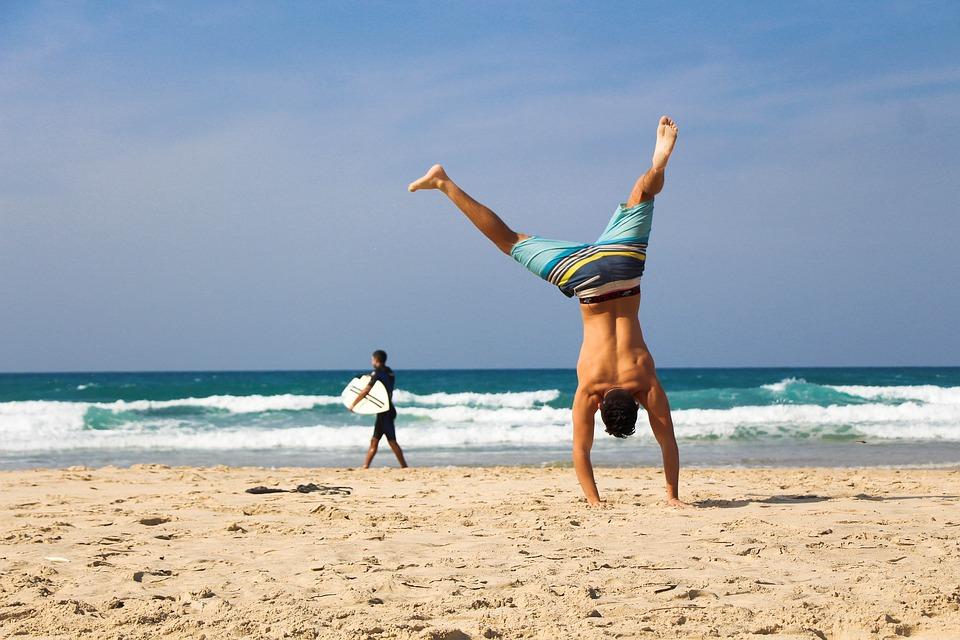 Consejos para practicar deporte al aire libre en verano